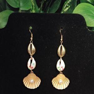 New Mermaid Shell Pearl Dangle Earrings